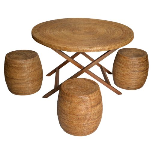 19/9044 13/9158 Round Table with Drum Stools