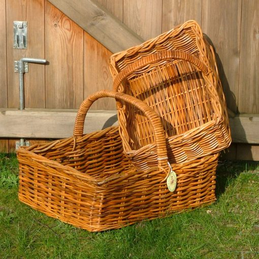 05/077 Set of 2 Oblong Shopping Baskets Display