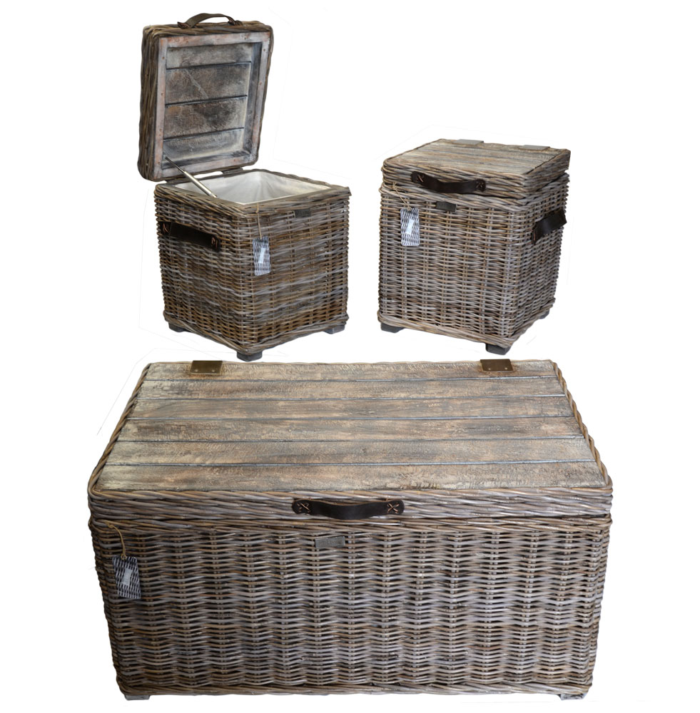 13/8028 Set of 3 Grey Table Trunks with Mango Wood Top and Leather Handles