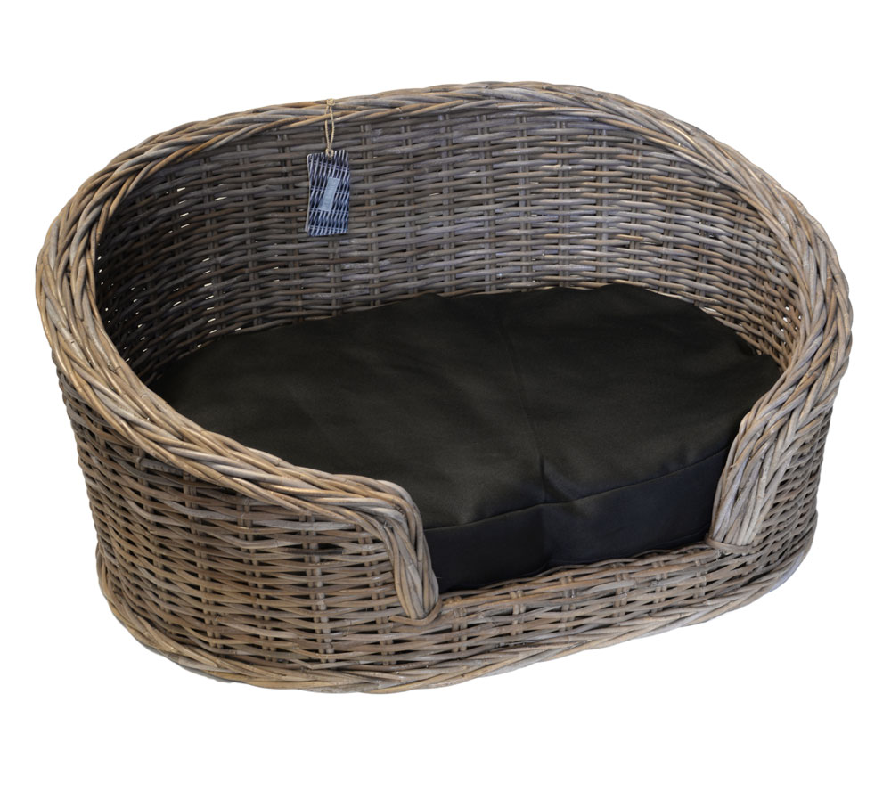 09/8204M Large Oval Grey Loebas Pet Basket with Cushion