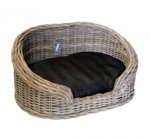 09/8204S Small Oval Grey Loebas Pet Basket with Cushion
