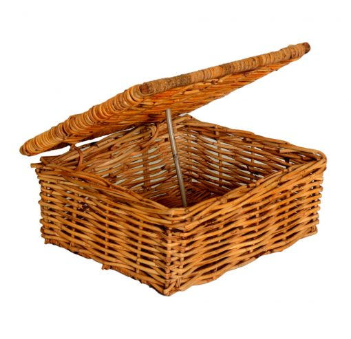 03/187 Small Oblong Lidded Gift Basket