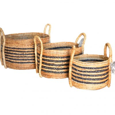 11-21528-Round Banana Leaf and black Waterhyacinth braided Baskets