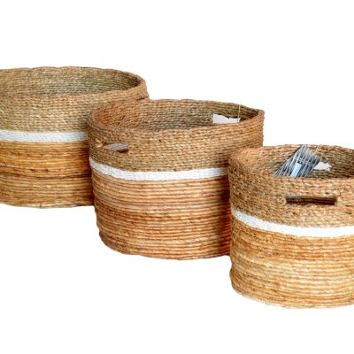 11-21833 Set 3 Round Banana Leaf, Mendong and white Raffia braided baskets with cut out handles
