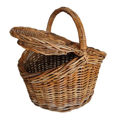 Oval Lidded Picnic Basket